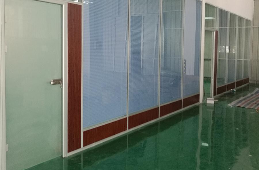 双层玻璃装饰板